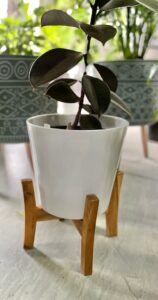 Jayda Pot Stand in White